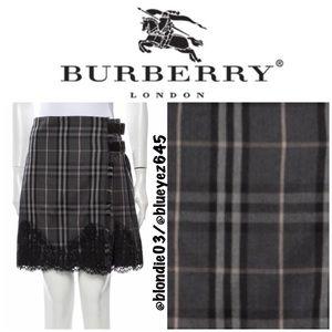 Burberry nova check lace trim pleated skirt US 6